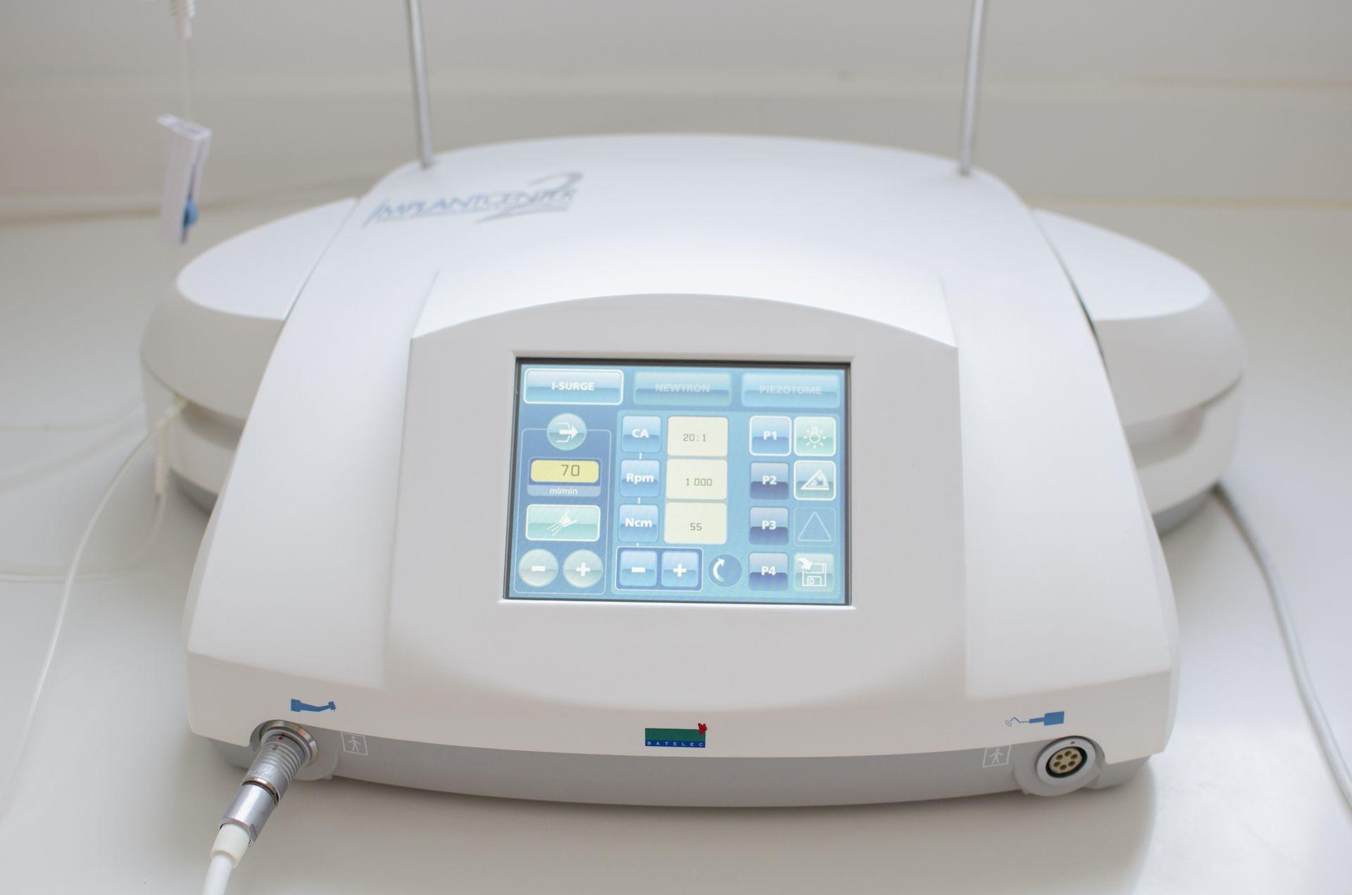 cirugía piezoeléctrica